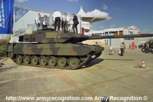 Leopard 2A6EX Tank 2005 defence Expo